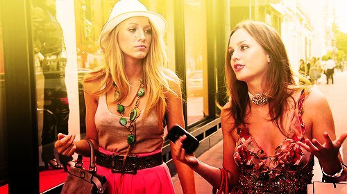best friends, blair, blake lively, blonde, brunette, cute, friends, girl, girls, gossip girl, leighton meester, serena van der woodsen, teenager