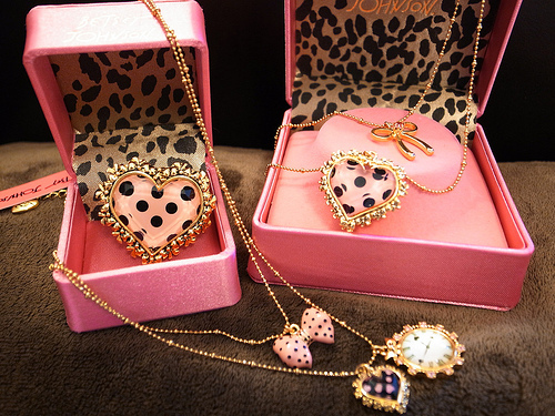 betsey johnson, box, braclets, cute, earrings