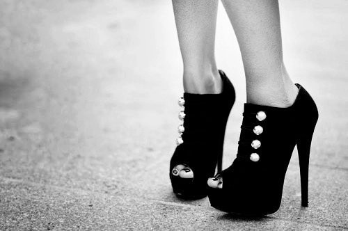 black and white, heels, shoes, toes