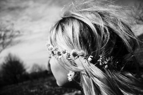 blackandwhite, blond, dasies, flowers, hair