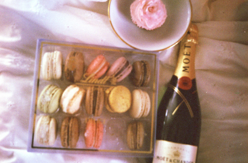 champagne, fancy, lindt, luxurious, macaroons