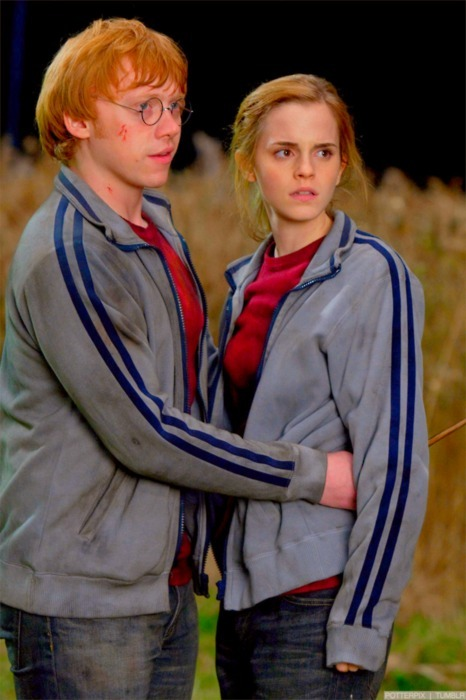 couple, cute, deathly hallows, emma watson, harry potter