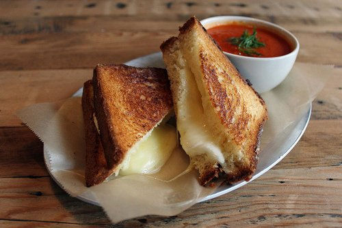 food, grilled cheese sandwich, tomato soup
